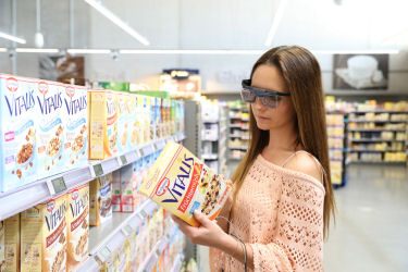 Picture of a woman shopping while wearing eyetrackers